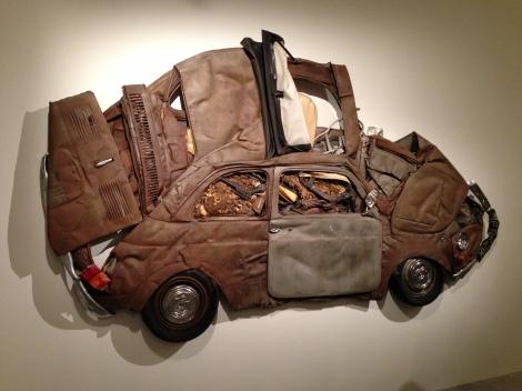 500 מעוכה בתערוכה של רון ארד