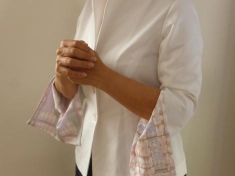 נורית דוד ואילנה אפרתי, חולצת קימונו