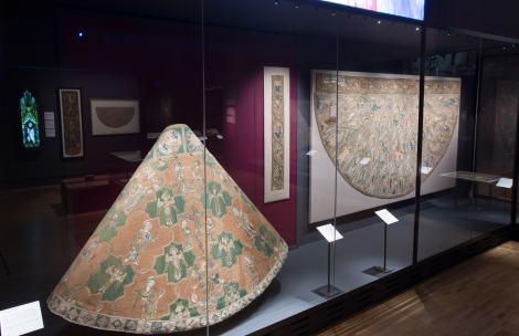 opus_anglicanum_installation_view_12