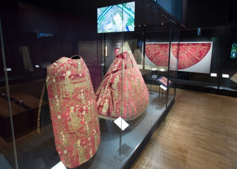 opus_anglicanum_installation_view_5