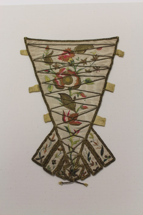 25-the-vulgar-stomacher-1700-1730-courtesy-manchester-city-galleries