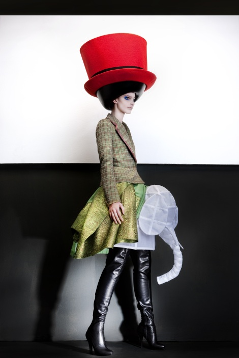 9-the-vulgar-walter-van-beirendonck-fall_winter-2010-11-hat-stephen-jones-ronald-stoops