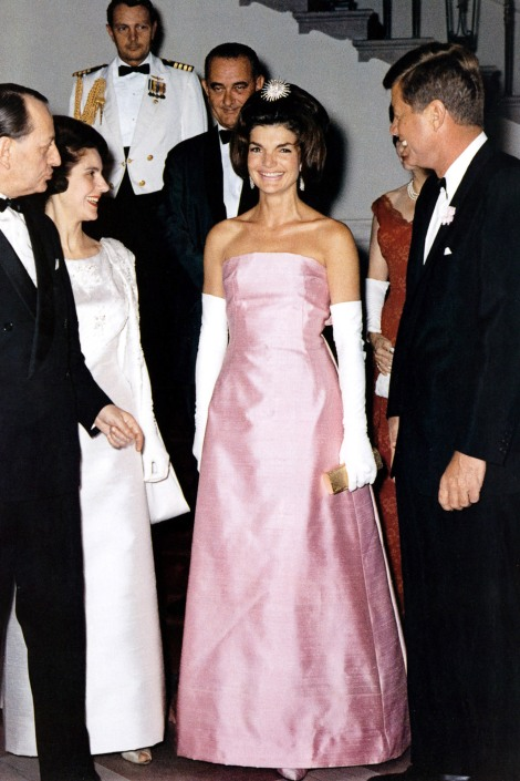 1438113691-hbz-jackie-kennedy-additions-gettyimages-89859904